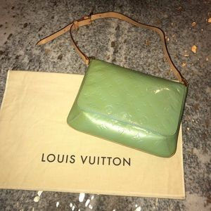Authentic Louis Vuitton Thompson Street Shoulder